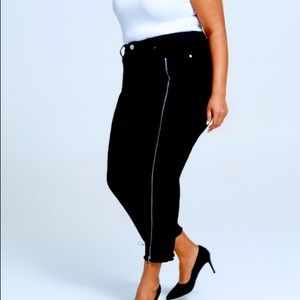 🌟Host Pick🌟24W  Straight Cropped Jeans W Zippers